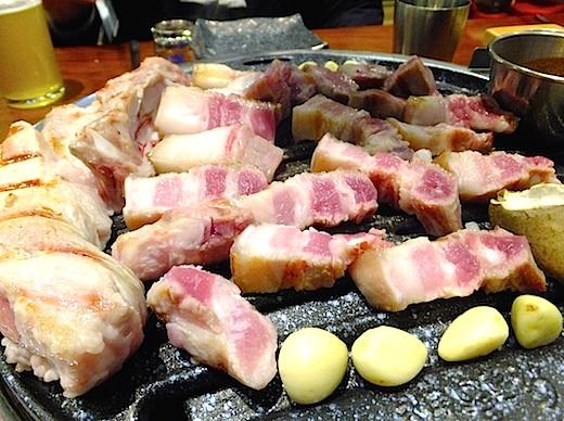 韓国ツアー61 料理 豚肉3s.jpg